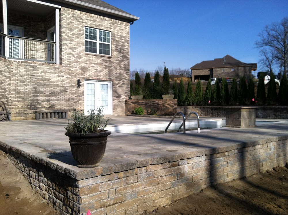 Landscaping rock louisville ky 100 pool and patio for Landscaping rock louisville ky
